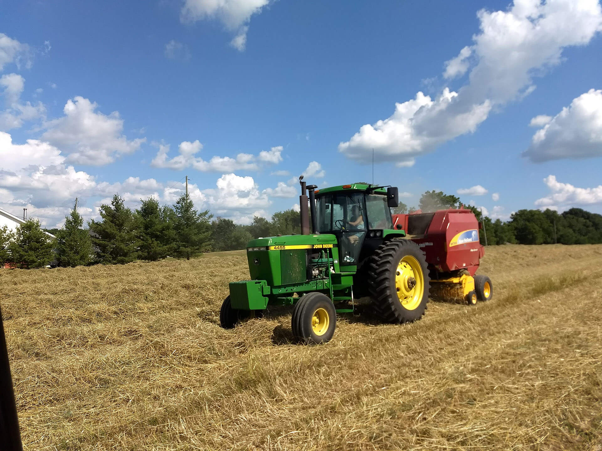 Baler in field ©Murphy Farms 2018